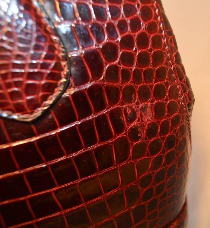 Rare Vintage GUCCI Dark Red Alligator XL Doctor Bag Tote 9