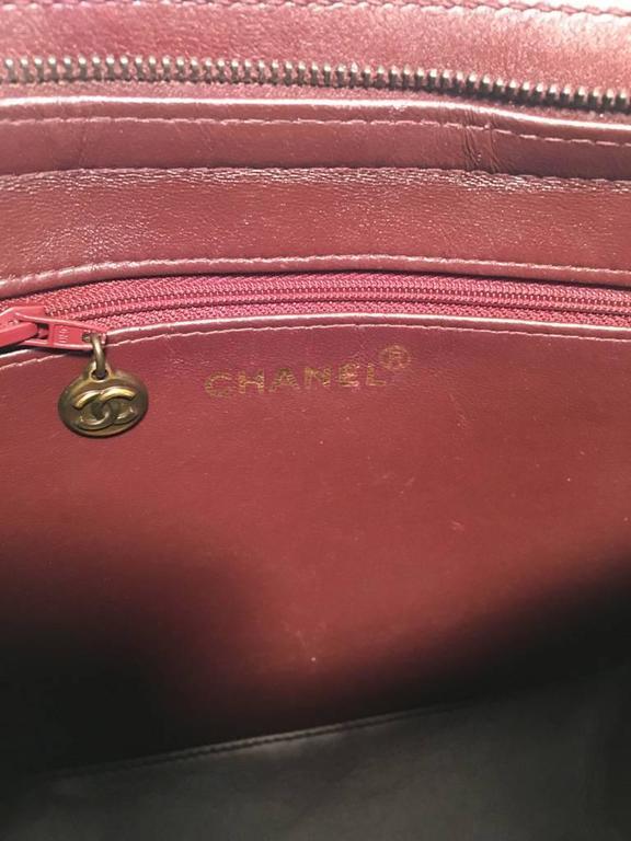 Chanel Maroon Leather Handbag  For Sale 1