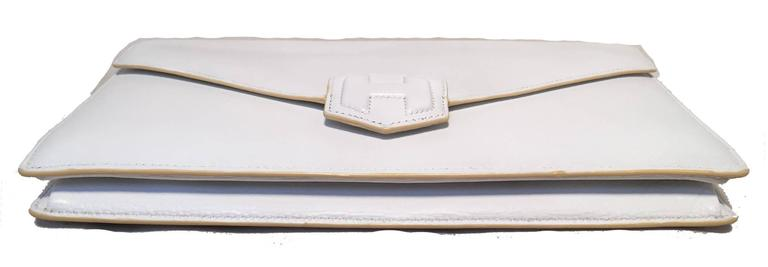 RARE Hermes Vintage White Leather Clutch  In Good Condition For Sale In Philadelphia, PA