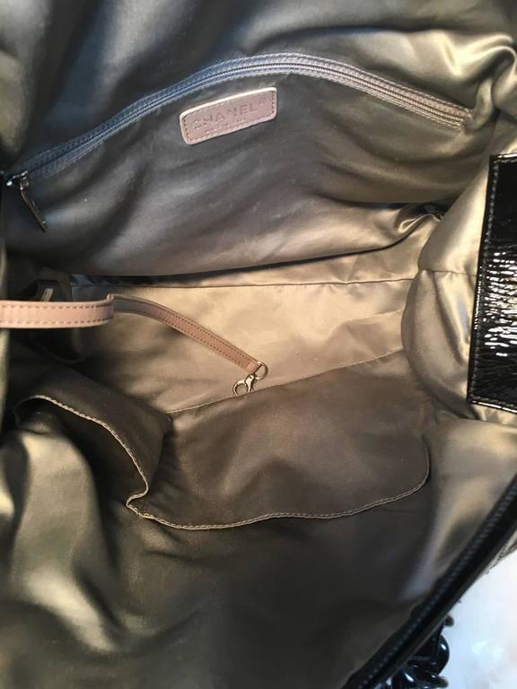 Chanel Black Distressed Patent Leather Shoulder Tote Bag For Sale 2