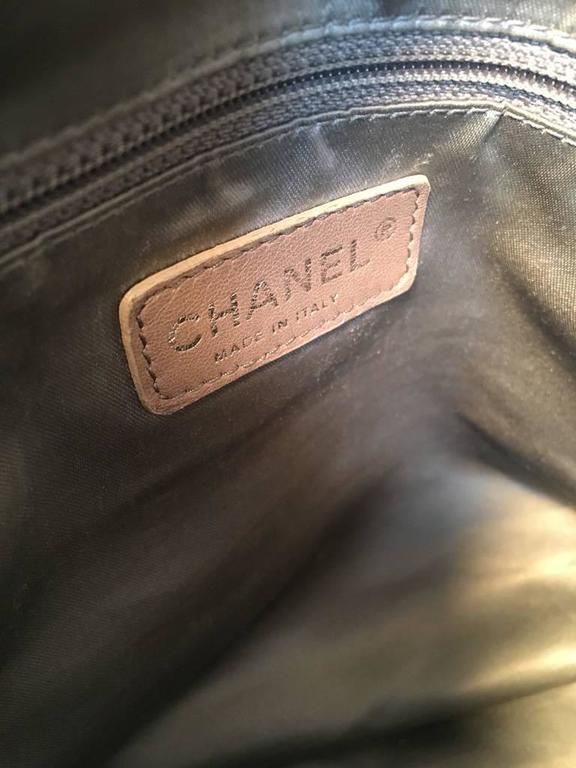 Chanel Black Distressed Patent Leather Shoulder Tote Bag For Sale 3