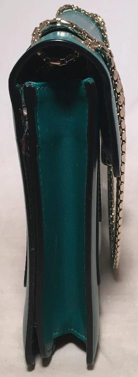 Bulgari Jade Green Leather Jeweled Snake Head Clasp Shoulder Bag In Excellent Condition For Sale In Philadelphia, PA