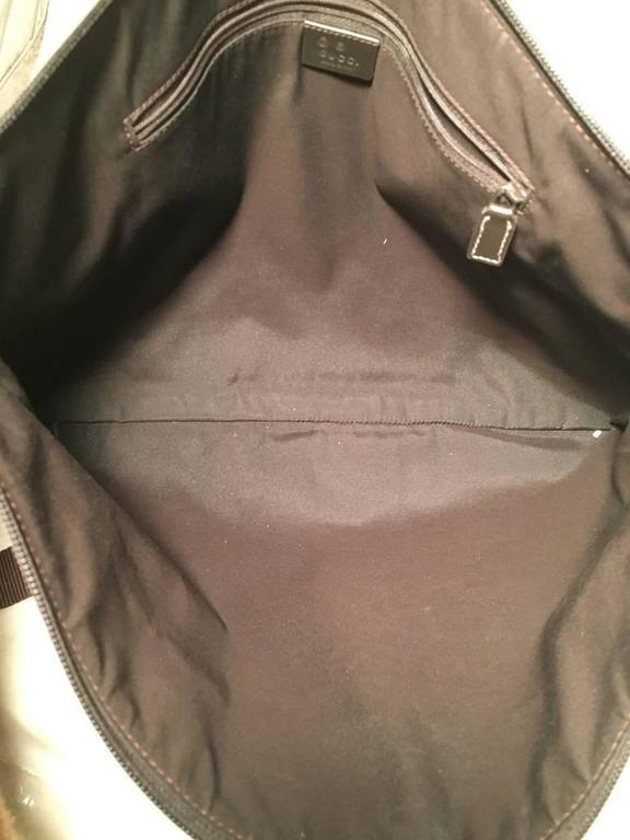 Gucci XL Coated Monogram Canvas Slim Messenger Shoulder Bag In Excellent Condition For Sale In Philadelphia, PA