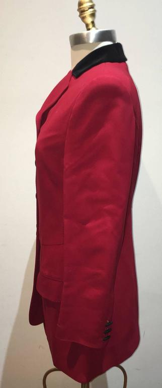 Moschino Couture Vintage Black and Red Women's Blazer Size 12 In Excellent Condition For Sale In Philadelphia, PA