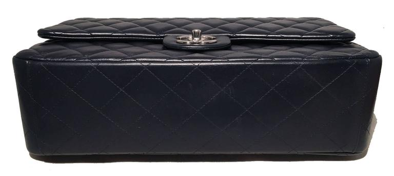 Chanel Navy Blue Quilted Lambskin Leather 2.55 Maxi Double Flap Classic In Excellent Condition For Sale In Philadelphia, PA