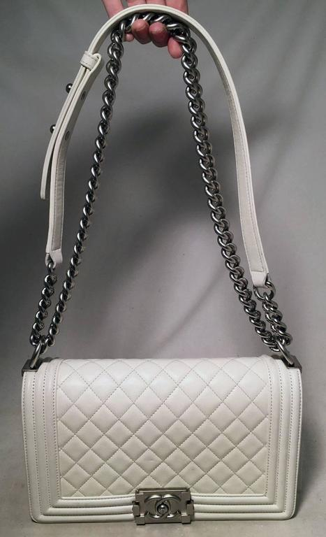 Chanel White Quilted Le Boy Classic Flap Shoulder Bag For Sale 2