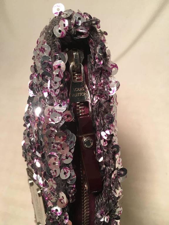 Women's Limited Edition Louis Vuitton Violette Sequin Rococo Pochette Clutch Bag For Sale
