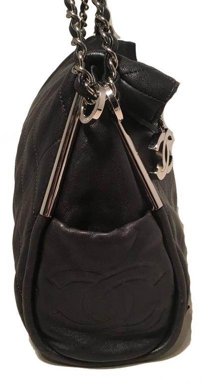 Chanel Quilted Black Leather Fold Over Top Flap Shoulder Bag In Excellent Condition For Sale In Philadelphia, PA