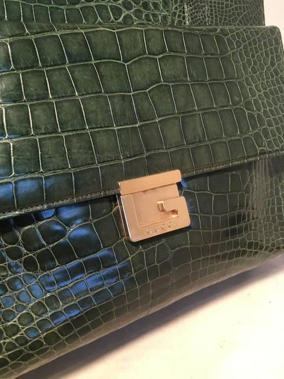Gucci Vintage Green Alligator Shoulder Bag 5