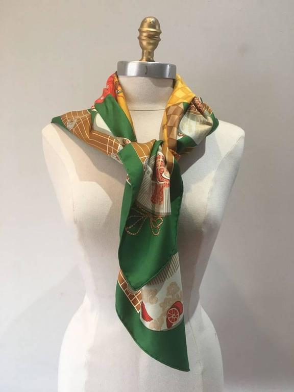 Brown Hermes Vintage Kimonos et Inros Silk Scarf in Green  For Sale