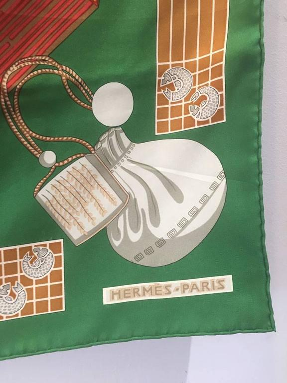 Hermes Vintage Kimonos et Inros Silk Scarf in Green  In Excellent Condition For Sale In Philadelphia, PA
