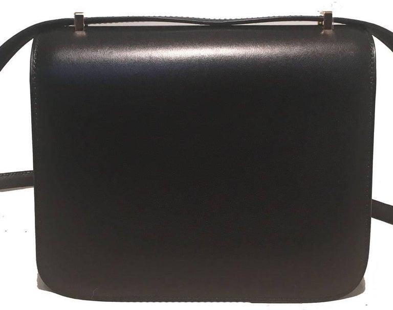 Hermes 18cm Mini Black Box Calf Constance Shoulder Bag In Excellent Condition For Sale In Philadelphia, PA