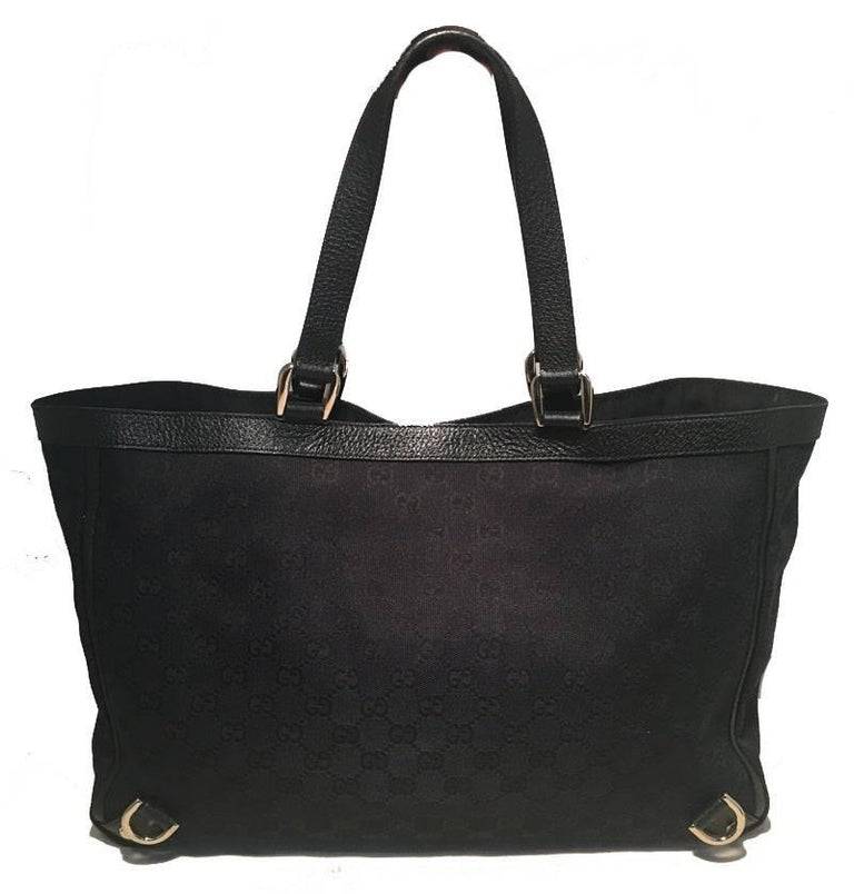Gucci Black Monogram Canvas Abbey Tote GM Shoulder Bag  In Good Condition For Sale In Philadelphia, PA