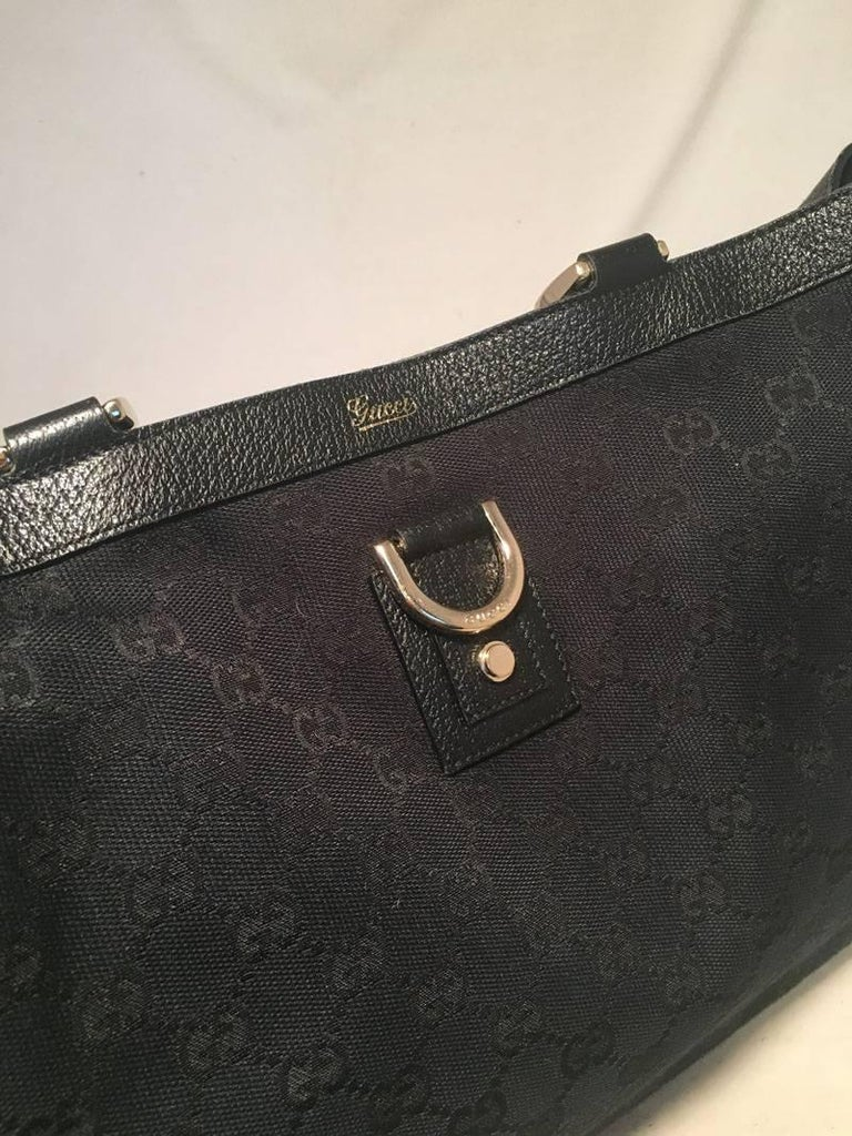Women's Gucci Black Monogram Canvas Abbey Tote GM Shoulder Bag  For Sale