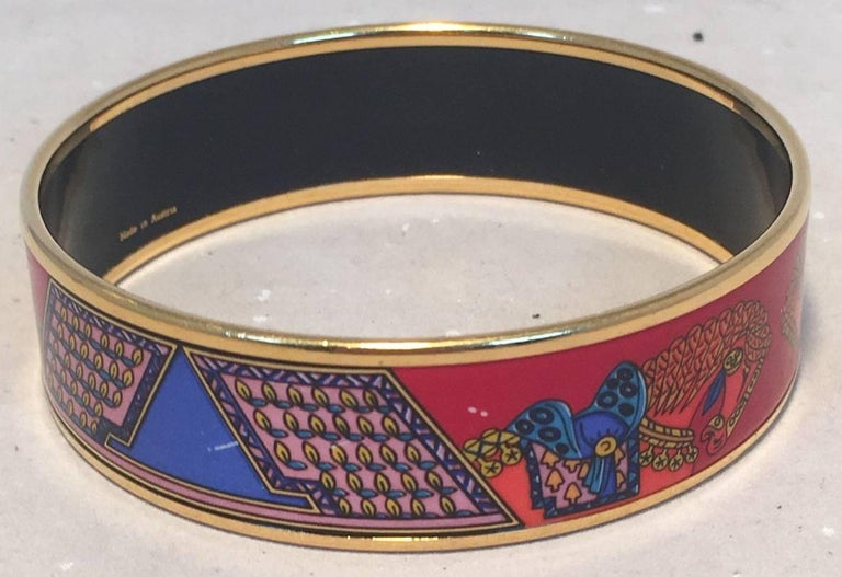 Hermes Vintage Red and Blue Horse Print Enamel Bangle Bracelet For Sale 1