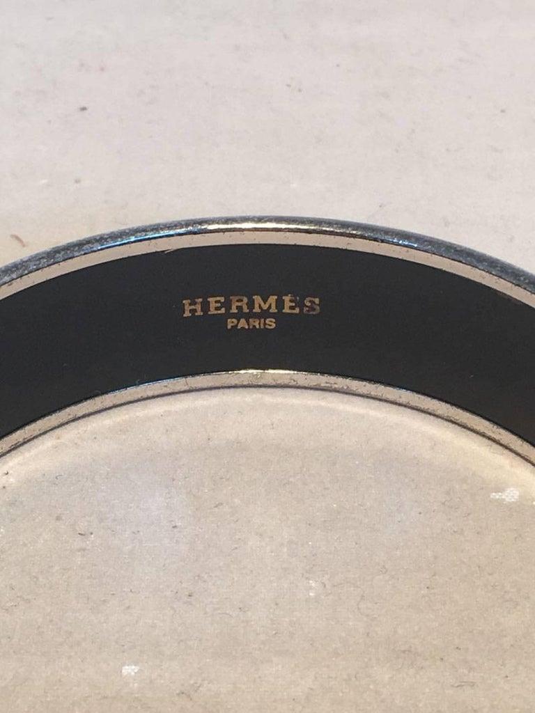 Hermes Vintage Black Printed Bridle and Whip Enamel Bangle Bracelet For Sale 1