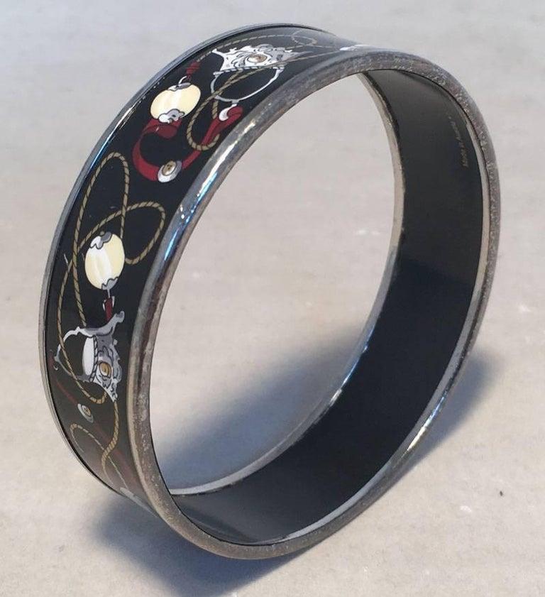 Hermes Vintage Black Printed Bridle and Whip Enamel Bangle Bracelet For Sale 3