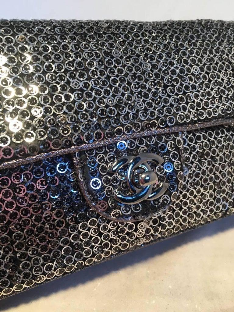 f2d5a78cadf0 Women's Chanel Silver Paillette Sequin Classic Flap Shoulder Bag For Sale