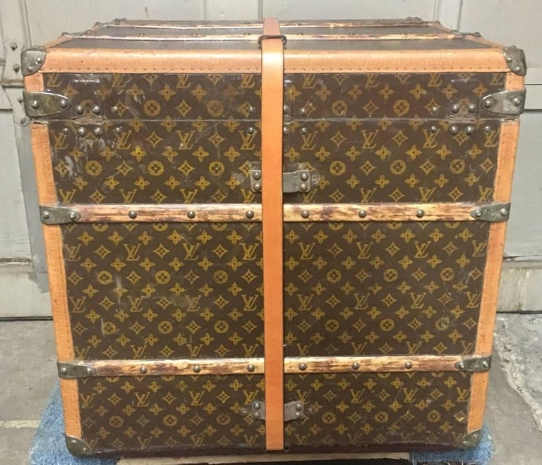 Brown Louis Vuitton Monogram Cube Trunk MM Wright,  circa 1920 For Sale