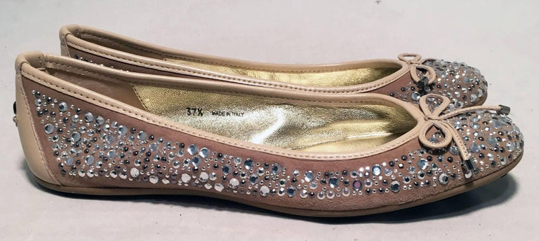 Jimmy Choo Nude and Gold Crystal Studded Ballet Flats Size 37.5 In Excellent Condition For Sale In Philadelphia, PA