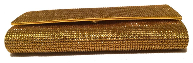 Judith Leiber Gold Crystal Evening Bag Clutch In Excellent Condition For Sale In Philadelphia, PA