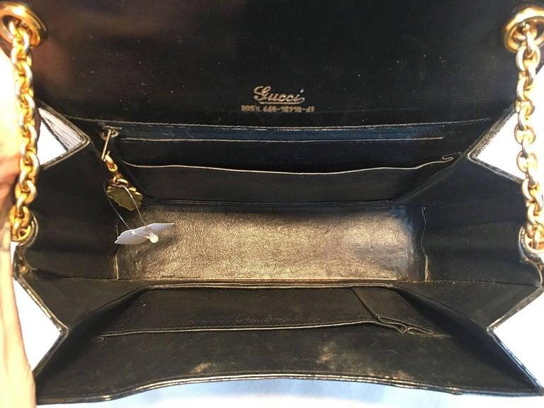 Women's Gucci Vintage Navy Blue Alligator Shoulder Bag For Sale
