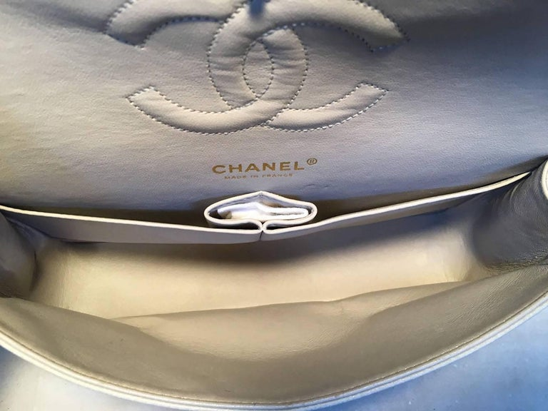 55b111886fe694 Chanel Light Gray Caviar 10inch 2.55 Double Flap Classic Shoulder Bag For  Sale 4