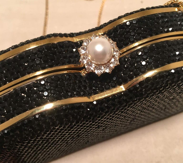 Judith Leiber Black Swarovski Crystal Minaudiere Evening Bag Clutch For Sale 4