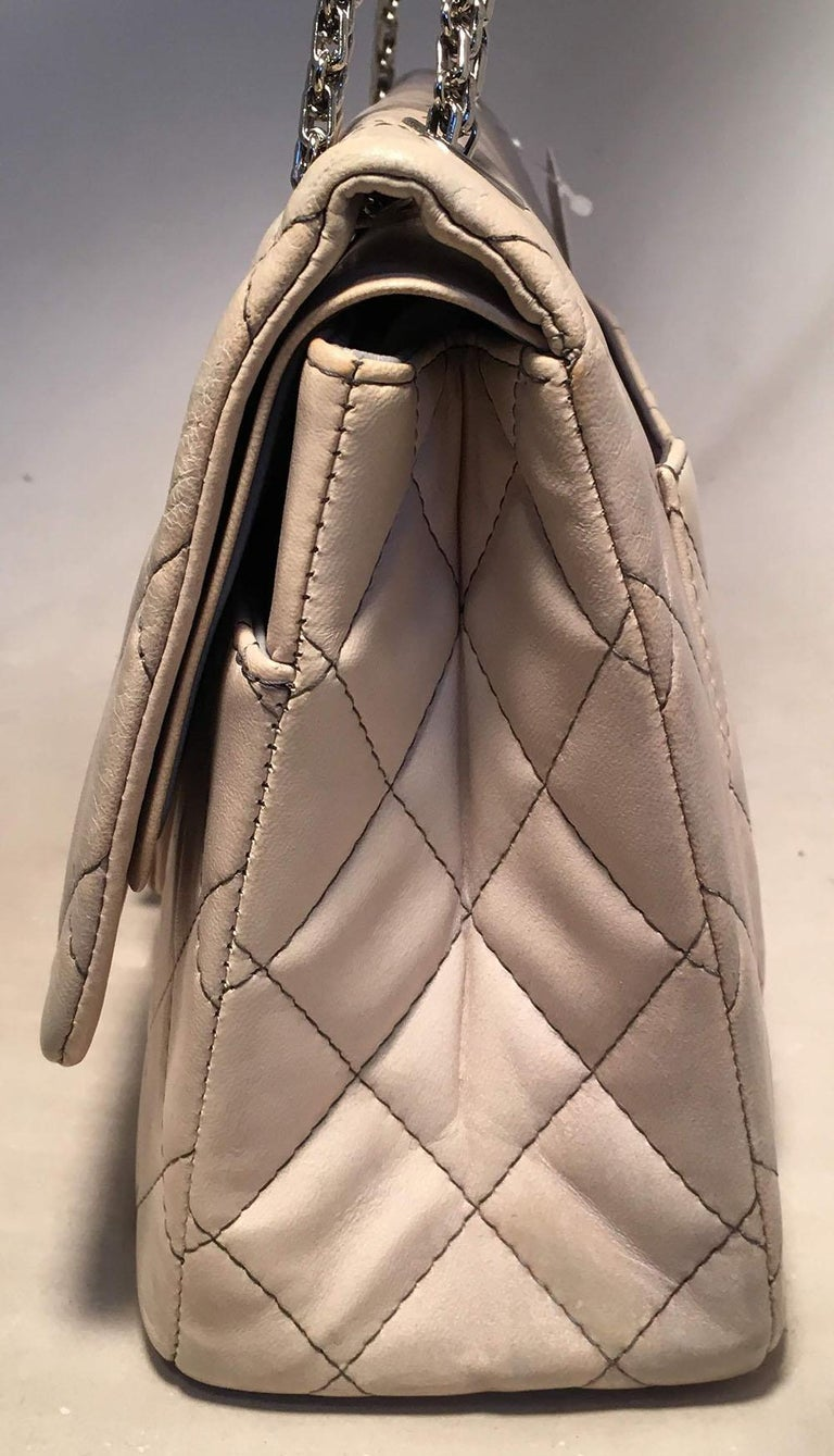 f1ea0b67d787 BEAUTIFUL CHANEL Degrade Ombre Grey Quilted Leather 2.55 Reissue 227 Classic  Flap Bag in excellent condition
