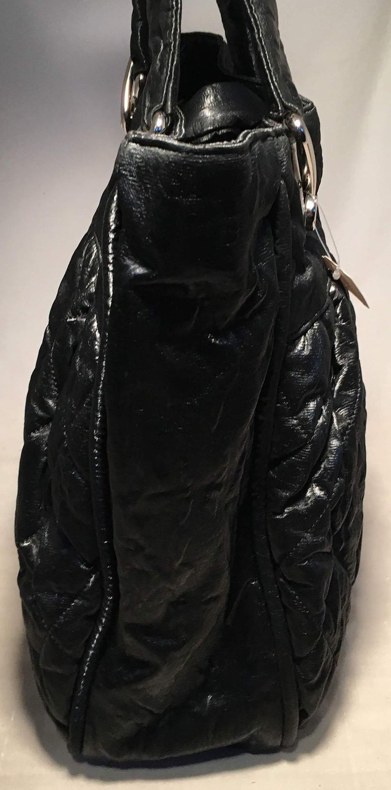 Chanel Black Shimmery Soft Quilted Leather Tote Bag In Good Condition For Sale In Philadelphia, PA