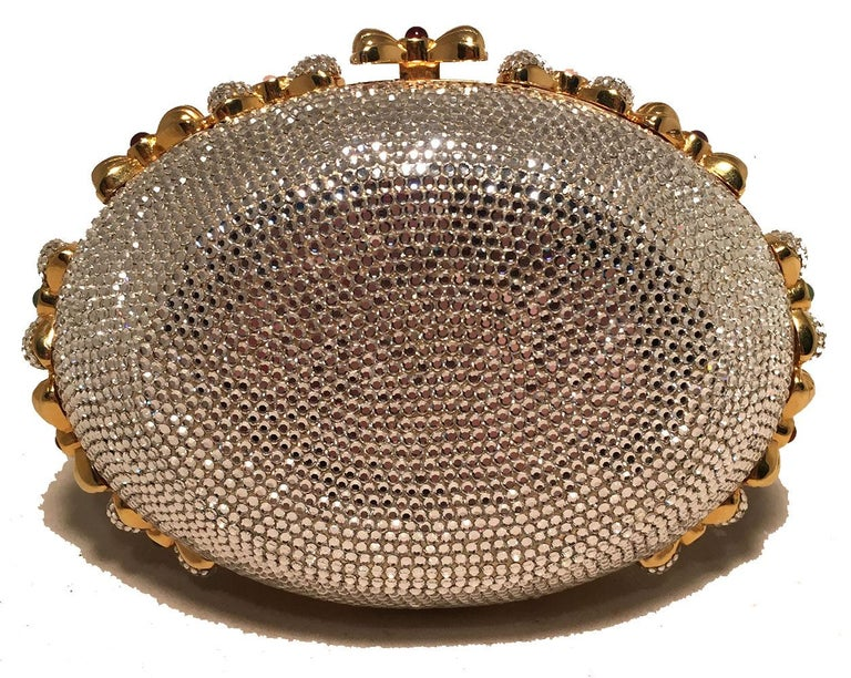 Judith Leiber Swarovski Crystal Oval Bow Trim Minaudiere Evening Bag Clutch In Excellent Condition For Sale In Philadelphia, PA