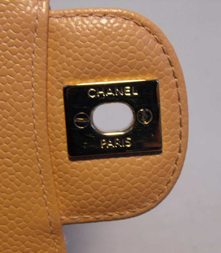 Chanel Peach Caviar Quilted 10inch 2.55 Classic Double Flap Bag For Sale 2