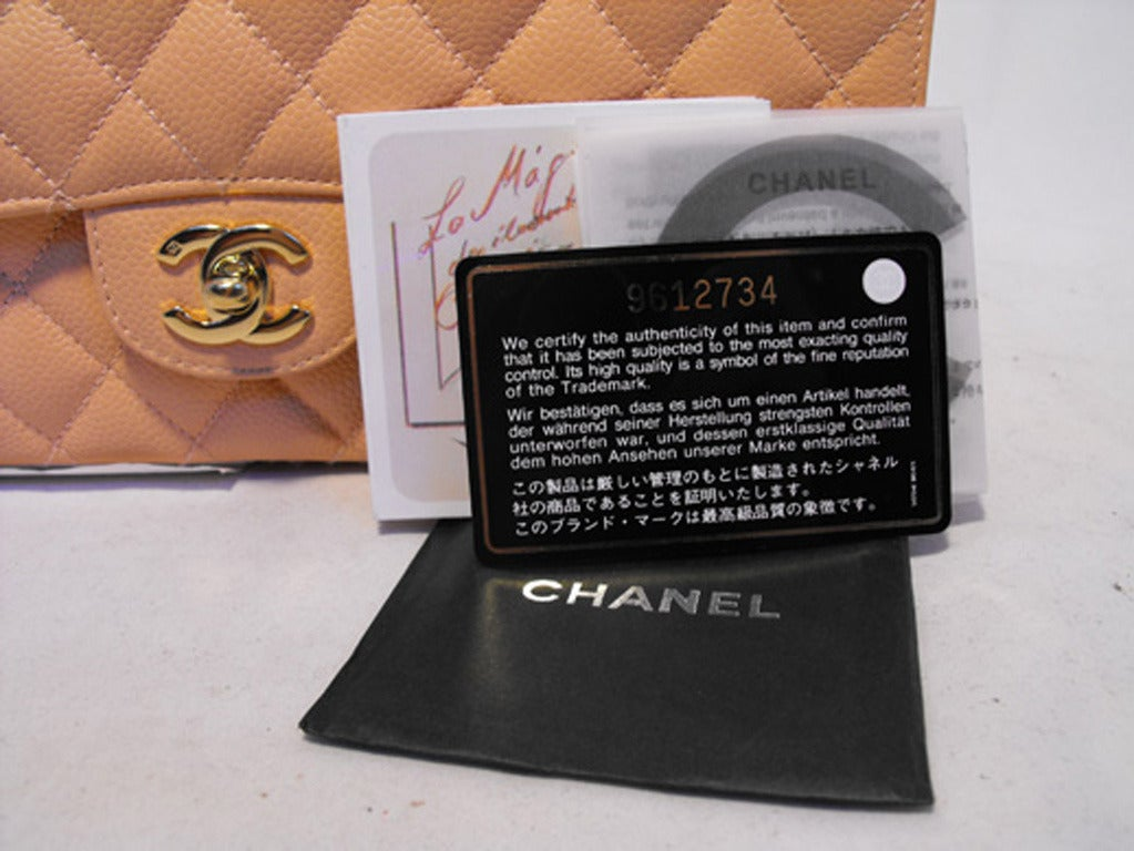 Chanel Peach Caviar Quilted 10inch 2.55 Classic Double Flap Bag For Sale 4