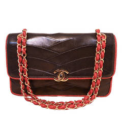Chanel Vintage Navy Blue Leather Classic Flap Shoulder Bag With Red Piping