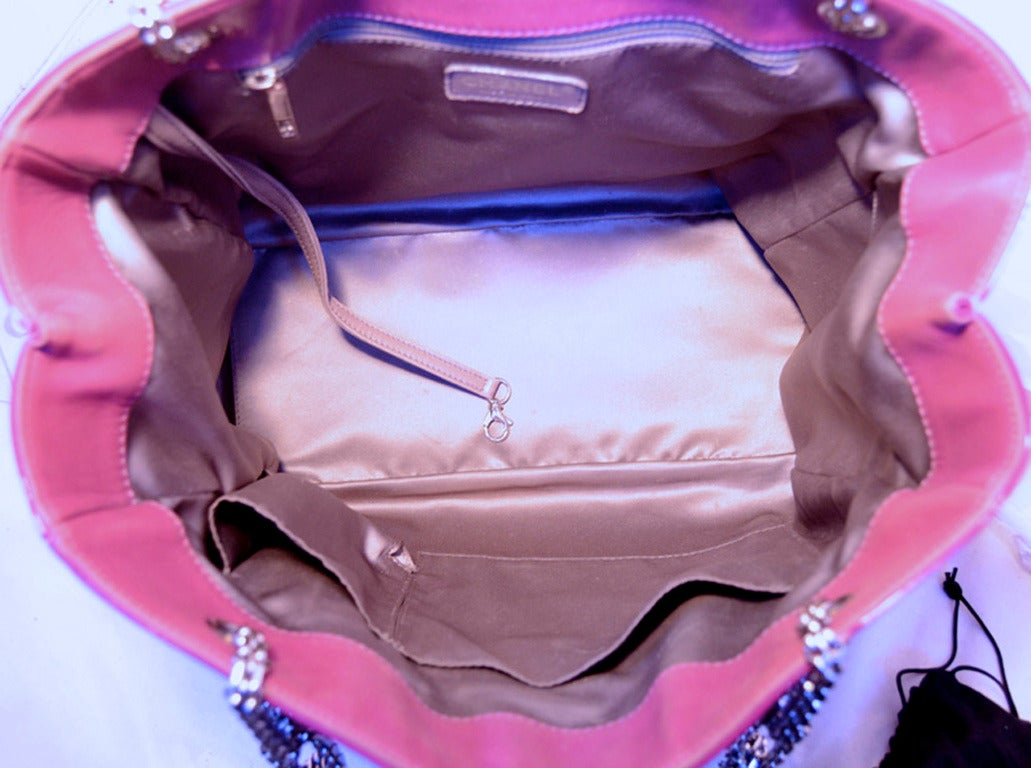 Chanel Purple Patent Leather Shoulder Bag Tote For Sale 2