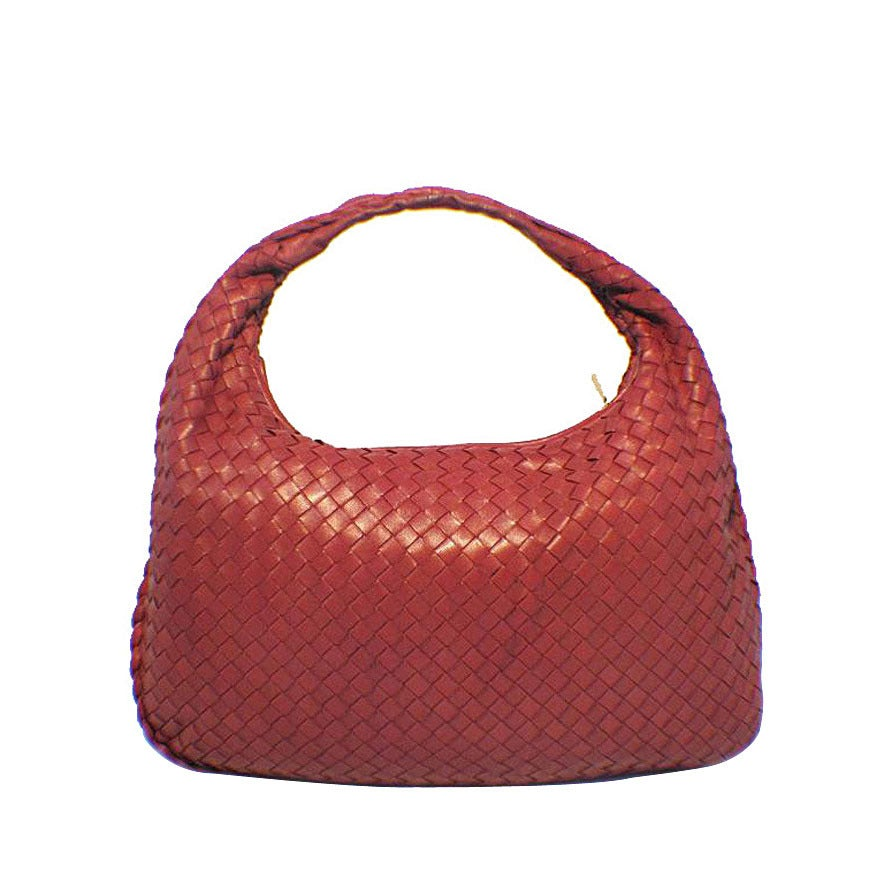 Bottega Veneta Classic Red Woven Lambskin Leather Shoulder Bag For Sale
