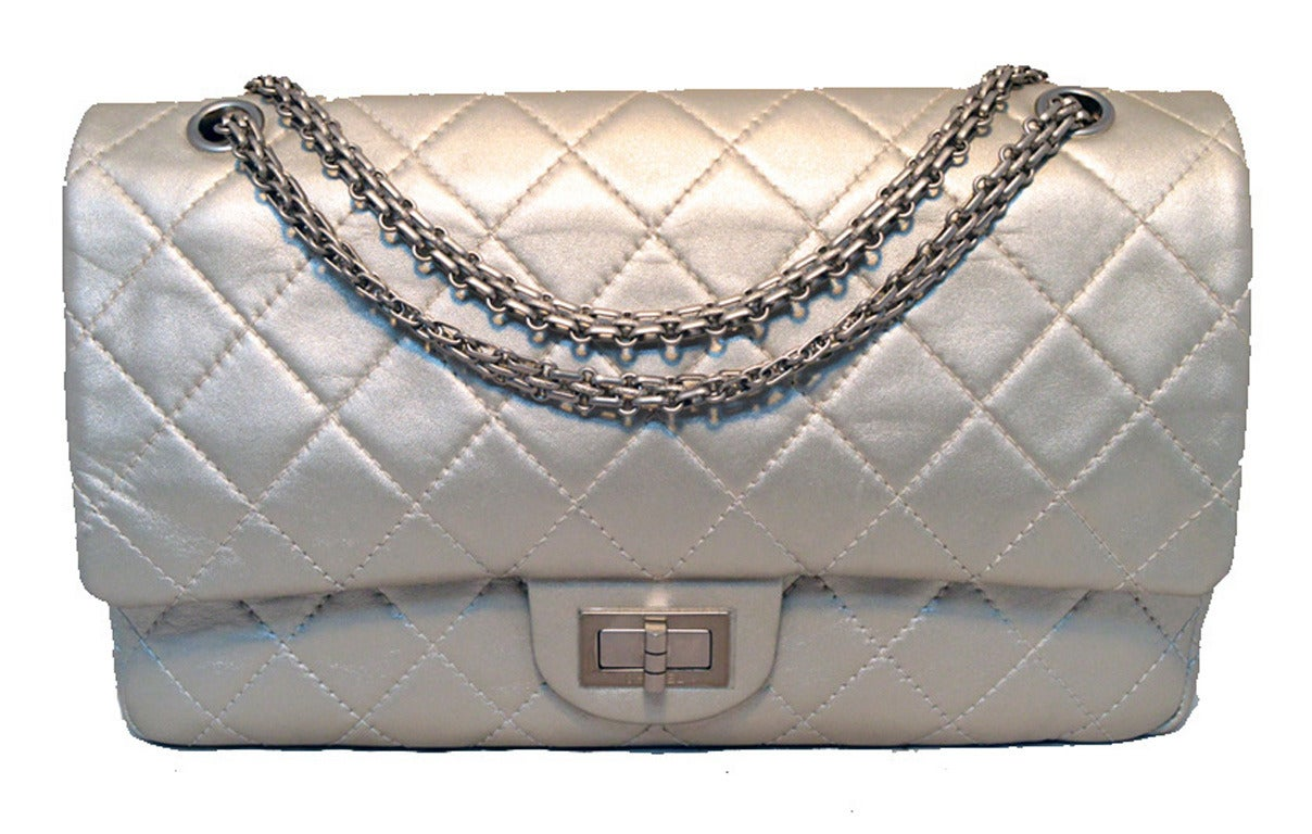 Chanel Silver Leather Jumbo 2.55 Double Flap Classic Shoulder Bag 2