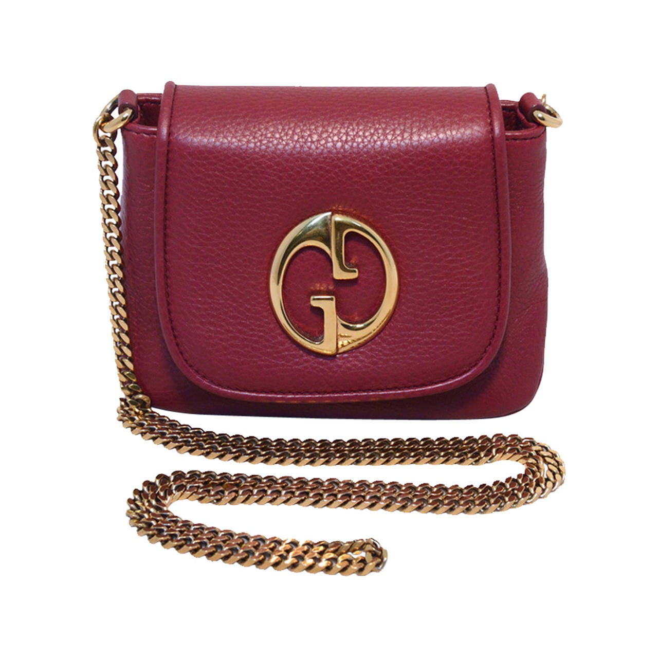 9d78c9714c9 Gucci Maroon Plum Leather and Gold Crossbody Shoulder Bag at 1stdibs