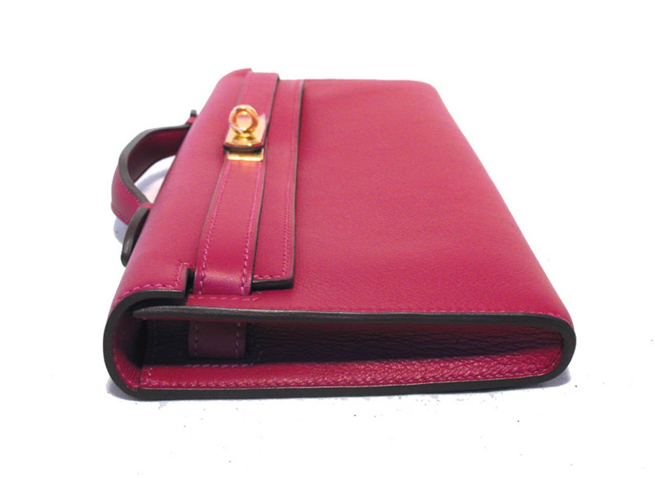 Red Hermes Fuchsia Swift Leather Kelly Cut Clutch Handbag  For Sale