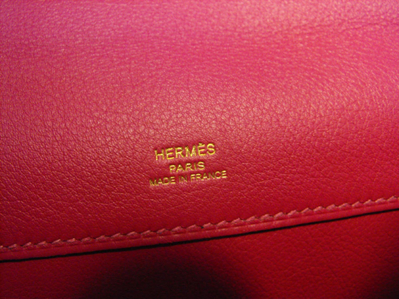 Women's Hermes Fuchsia Swift Leather Kelly Cut Clutch Handbag  For Sale