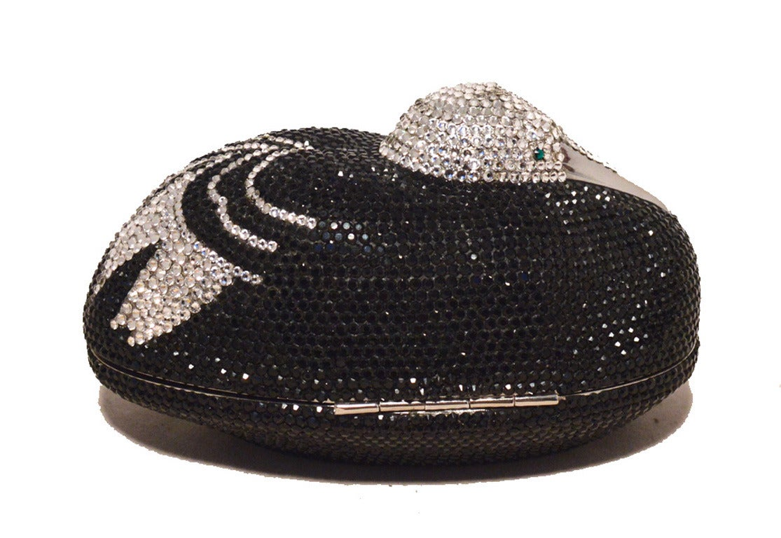 Judith Leiber Black and Silver Swarovski Crystal Sitting Duck Minaudiere In Excellent Condition For Sale In Philadelphia, PA