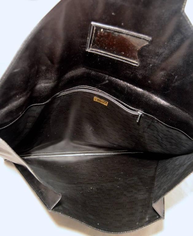 Fendi Fabulous Vintage Collectors Item Oversize Black Envelope Clutch  4