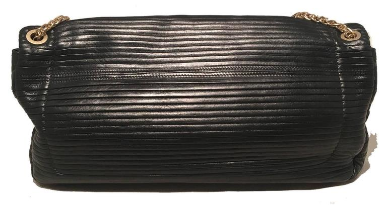 Chanel Black Pleated Leather Classic Flap Shoulder Bag In Excellent Condition For Sale In Philadelphia, PA