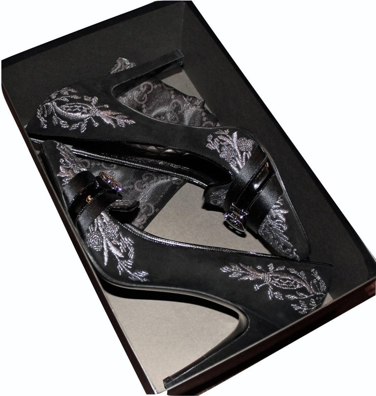 New Gucci Runway Suede Brocade Buckle Heels  For Sale 13