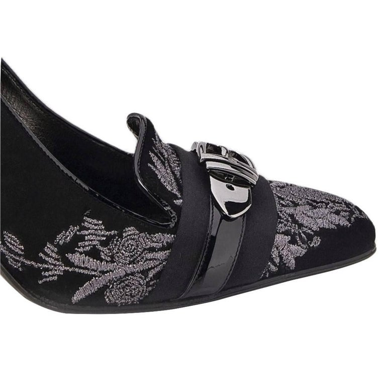Black New Gucci Runway Suede Brocade Buckle Heels  For Sale