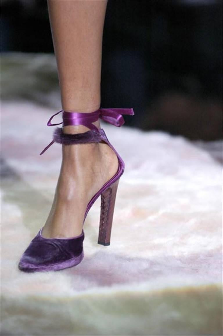 New Tom Ford For Gucci Farewell Collection Mink Python Velvet Heels Sz 9 For Sale 10