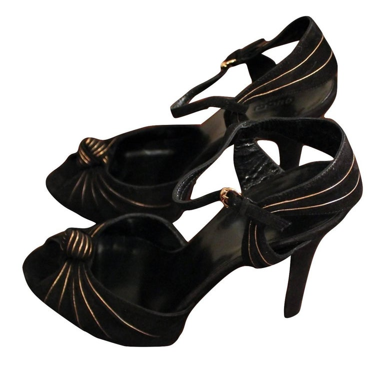 New Gucci Suede Black and Gold Ad Runway Platform Heel, Fall Winter 2007 Sz 7.5 For Sale 8