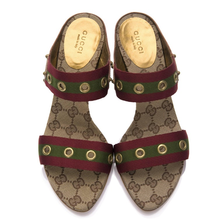 New Gucci GG Logo Web Mules Heels Sz 37 In New Condition For Sale In Leesburg, VA