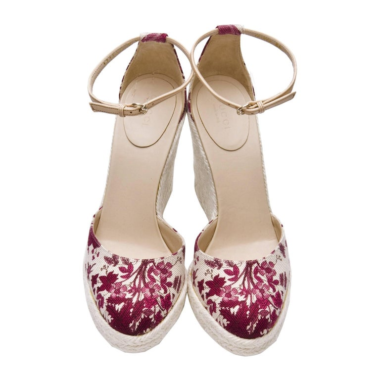 New Gucci Cruise 2007 Runway Flora Wedge Espadrille Heels Sz 8 In New Condition For Sale In Leesburg, VA