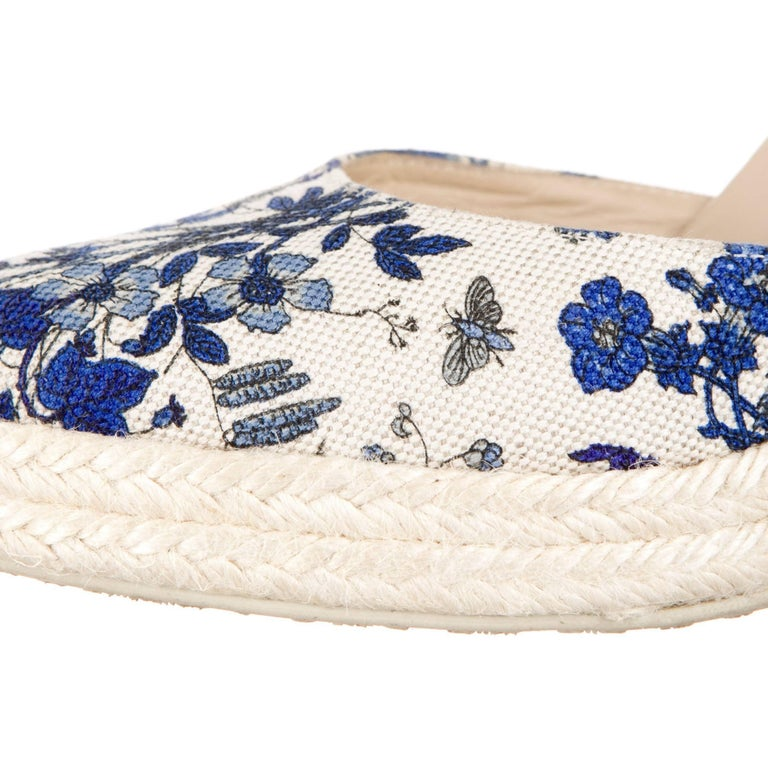 New Gucci Cruise 2007 Runway Flora Wedge Espadrille Heels Sz 7.5 In New Condition For Sale In Leesburg, VA